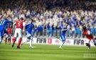 FIFA 13 Kalou lobs the ball passed defenders