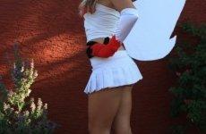 Jessica Nigri Zangoose costume 09