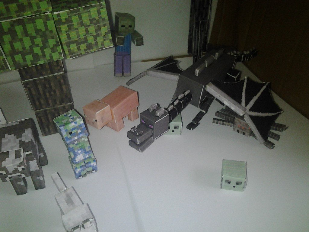 Minecraft papercraft model scene. Lots of animals, mobs and the enderdragon