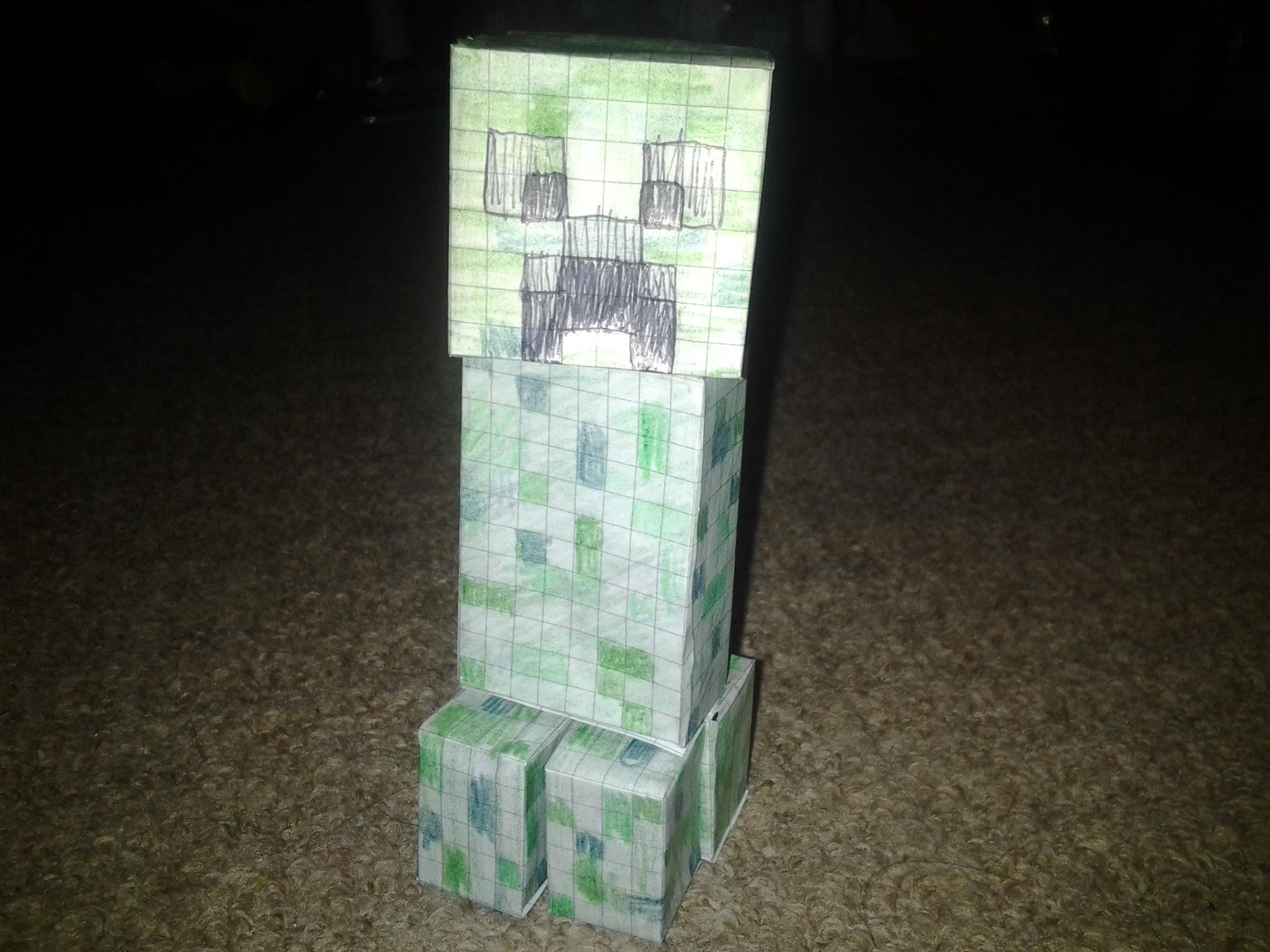 standard green minecraft creeper paper model (papercraft) made by me